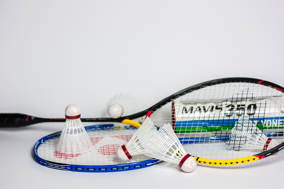 Best badminton racket under 4000
