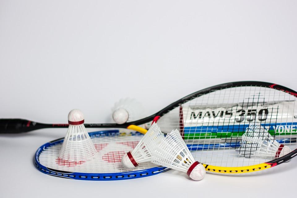 Best badminton racket under 4000
